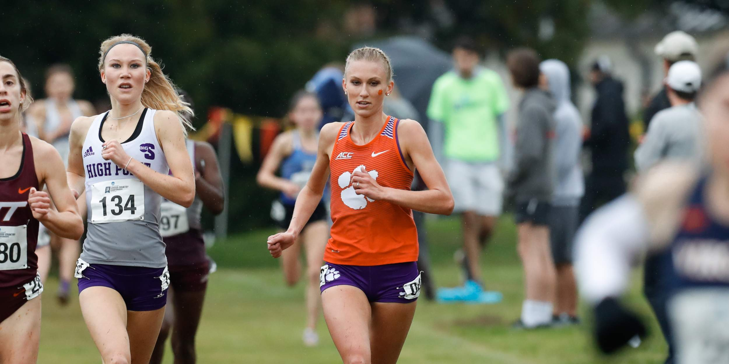 Morris Wins, 14 Athletes Earn Personal Bests at Notre Dame