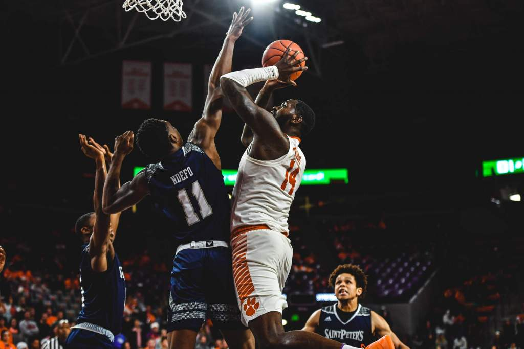 Elijah Thomas' Double-Double Key in Clemson's 65-60 Victory