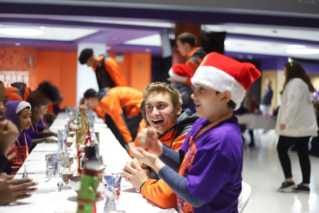 MBB Hosts Annual Tiger Wonderland