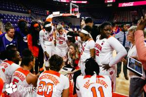 Play video: 🎥 Highlights: Clemson 83, High Point 64