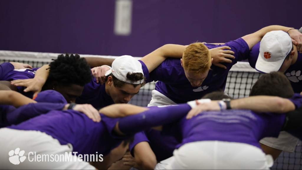 Clemson Wins Doubles Point, but Falls to South Carolina in Columbia Friday