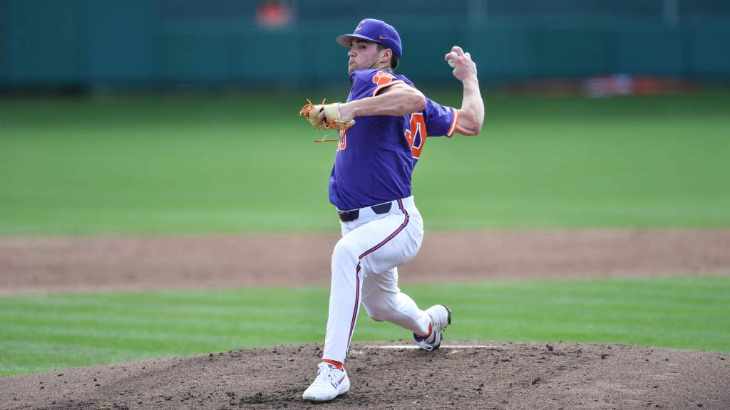 No. 14 Clemson Powers Past Jaguars 7-2 in Game 1 of Doubleheader on Saturday