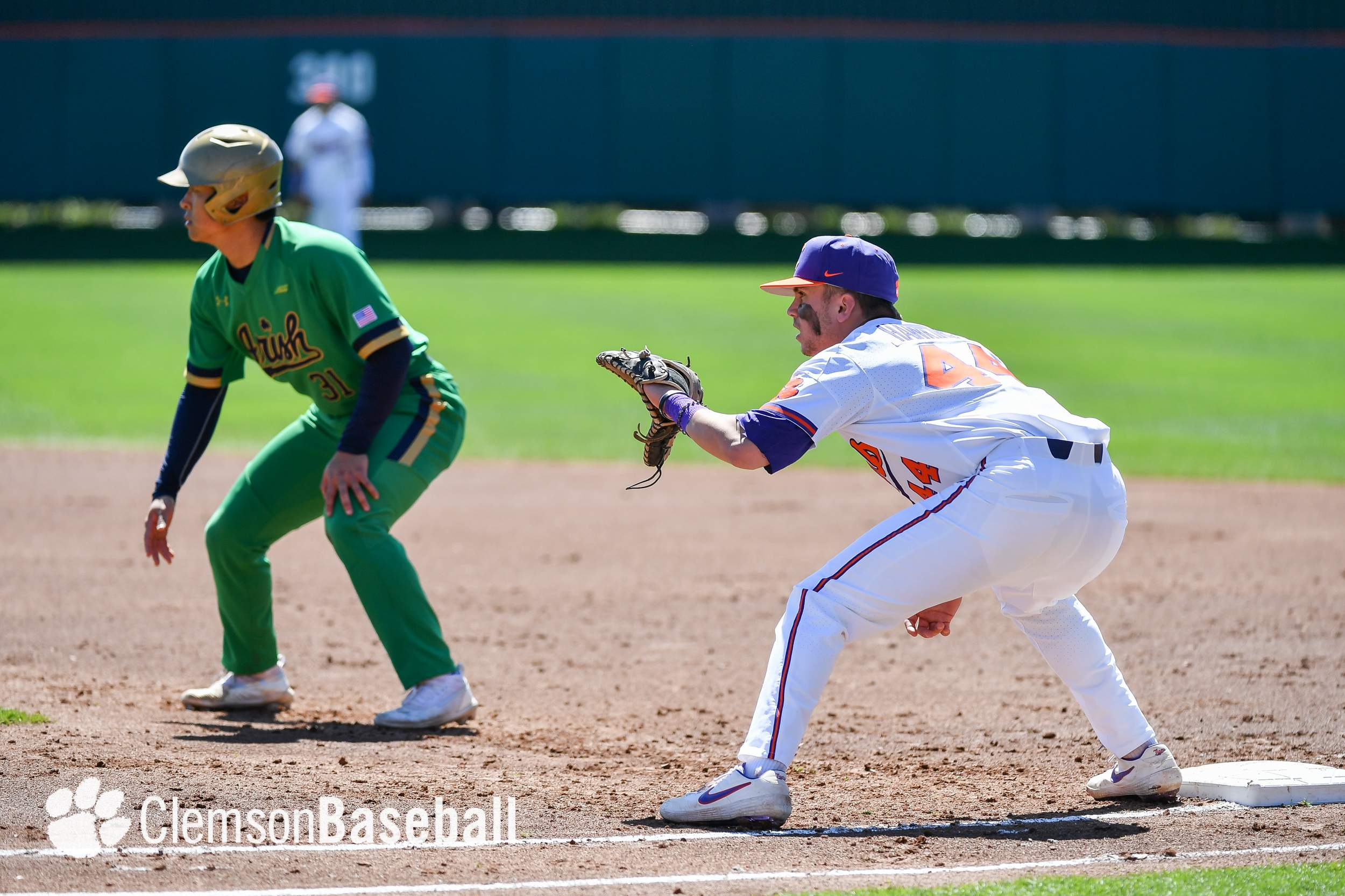 more photos 72440 c57bd Notre Dame Outlasts Clemson 4-2 in 10 Innings – Clemson ...