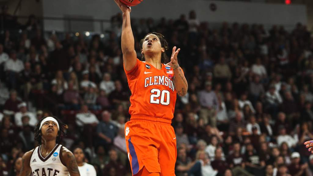Clemson's Historic Season Comes to an End in the NCAA Tournament