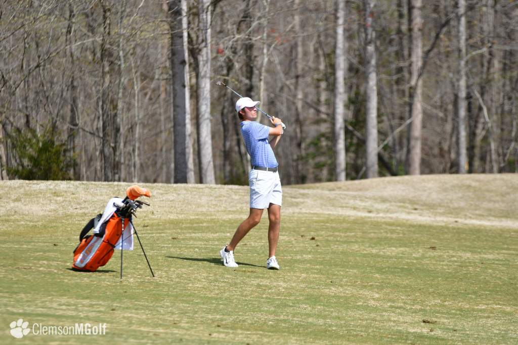 Clemson Heads to Hawaii to Finish Fall Schedule