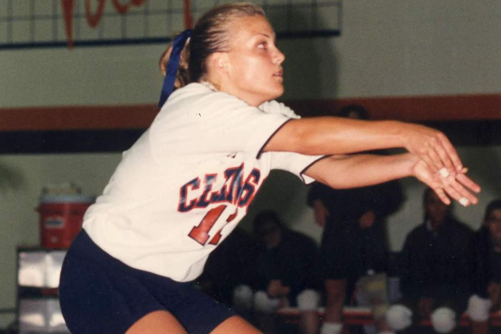 Former Setter, Assistant Coach Heather Kahl Holmes Passes Away