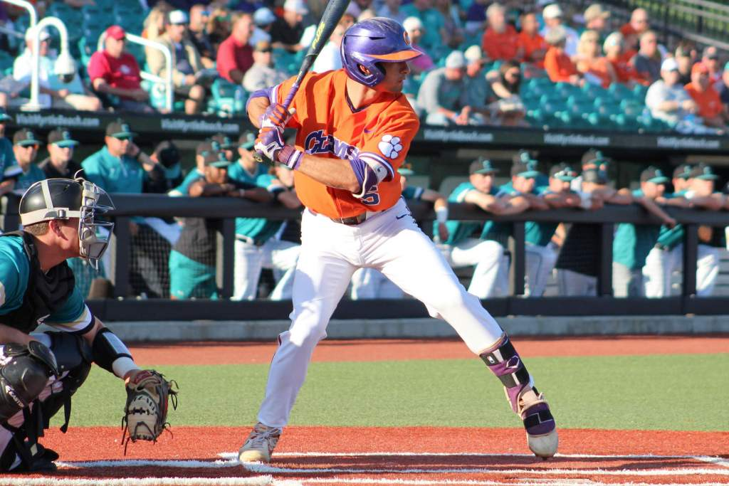 Clemson Clubs Coastal Carolina 14-3