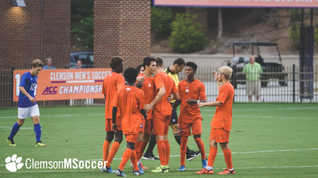 Clemson Wins Preseason Finale Over Presbyterian