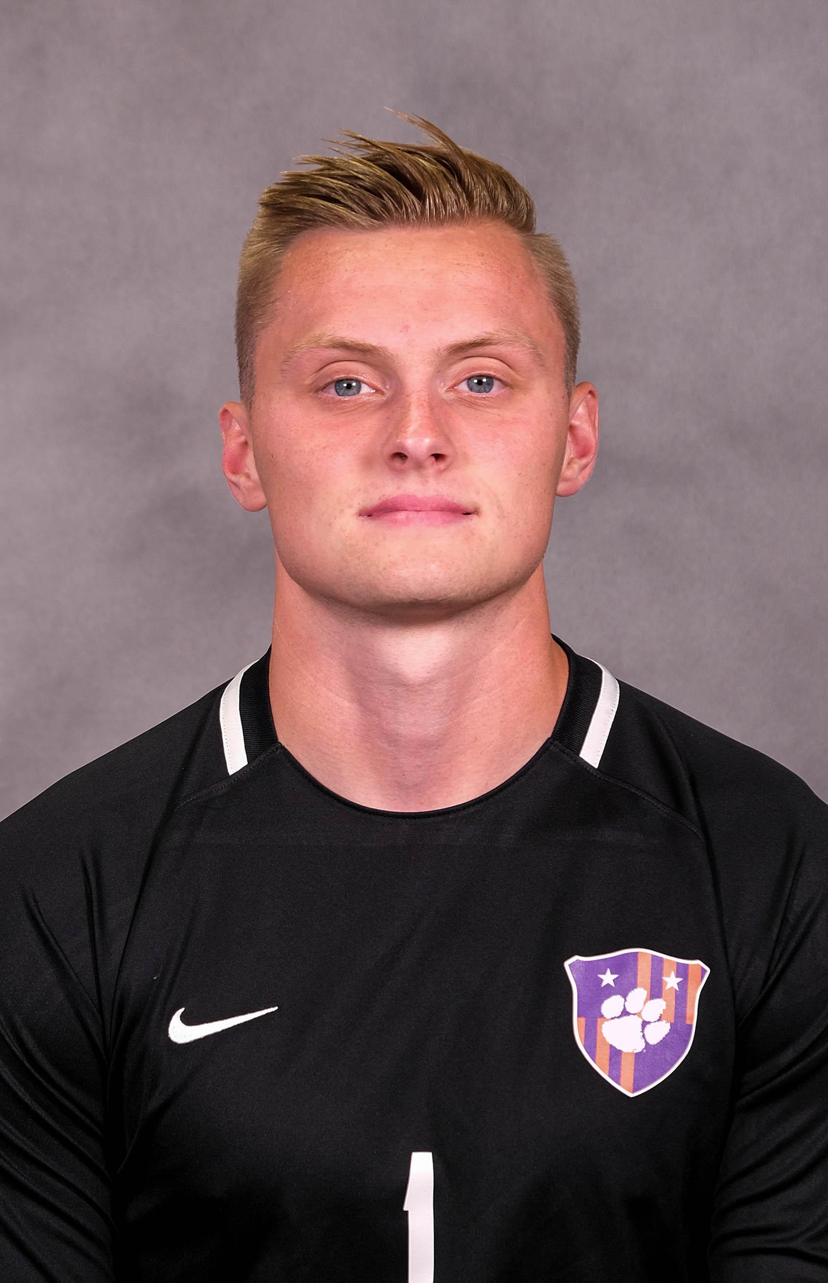 Daniel Kuzemka - Men's Soccer - Clemson University Athletics