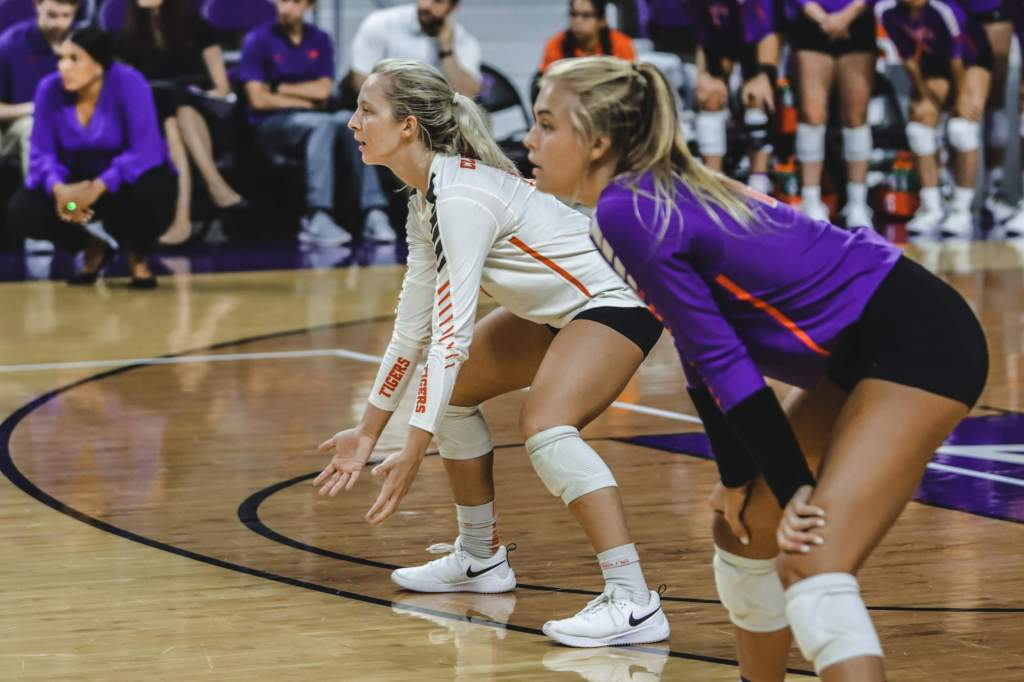Omaha Upends Tigers at K-State Invitational