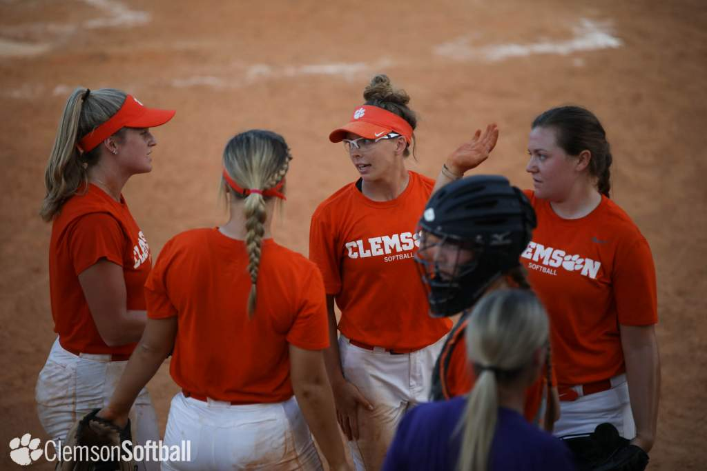 Tigers Win 5-0 Over Erskine In First-Ever Scrimmage