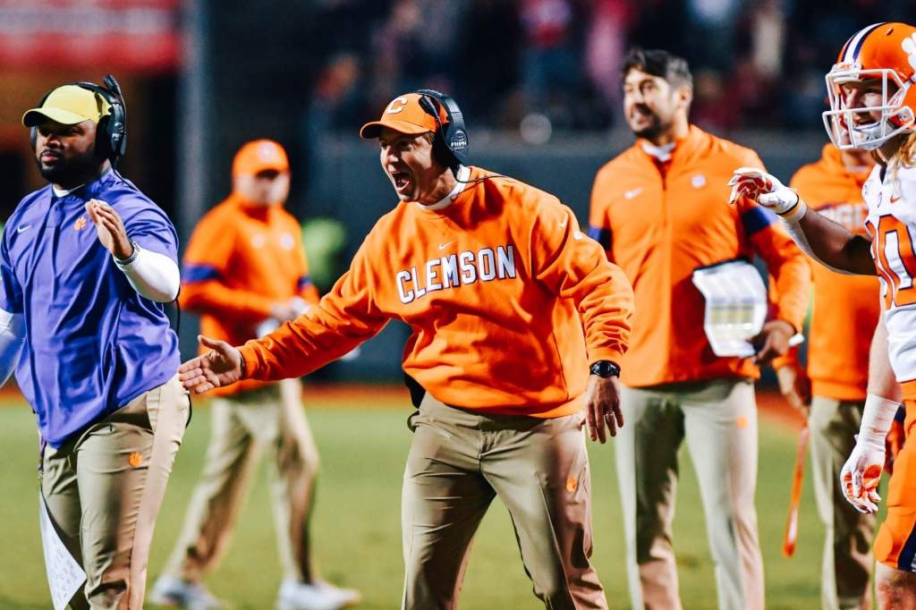 Swinney Named As George Munger Award Semifinalist