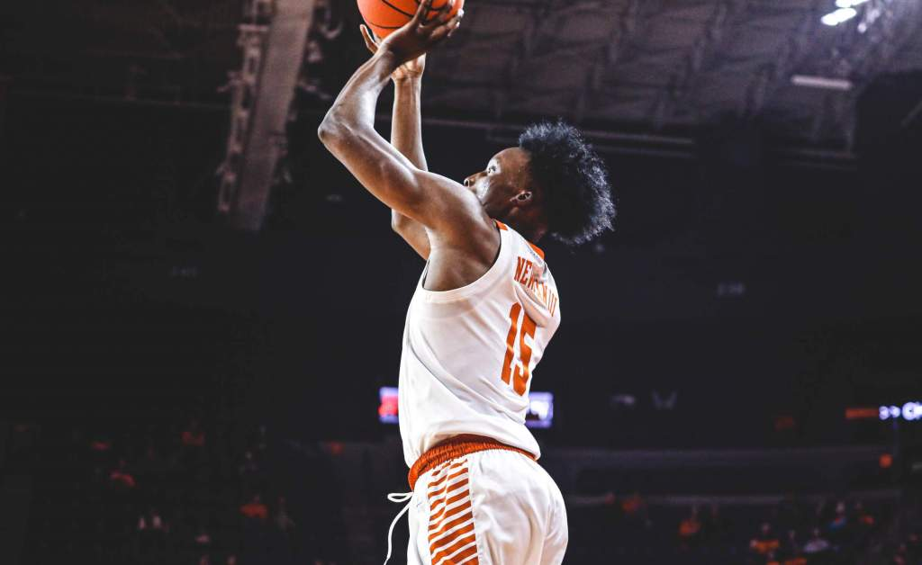 Clemson Knocks Down 14 3-Pointers, Downs Presbyterian