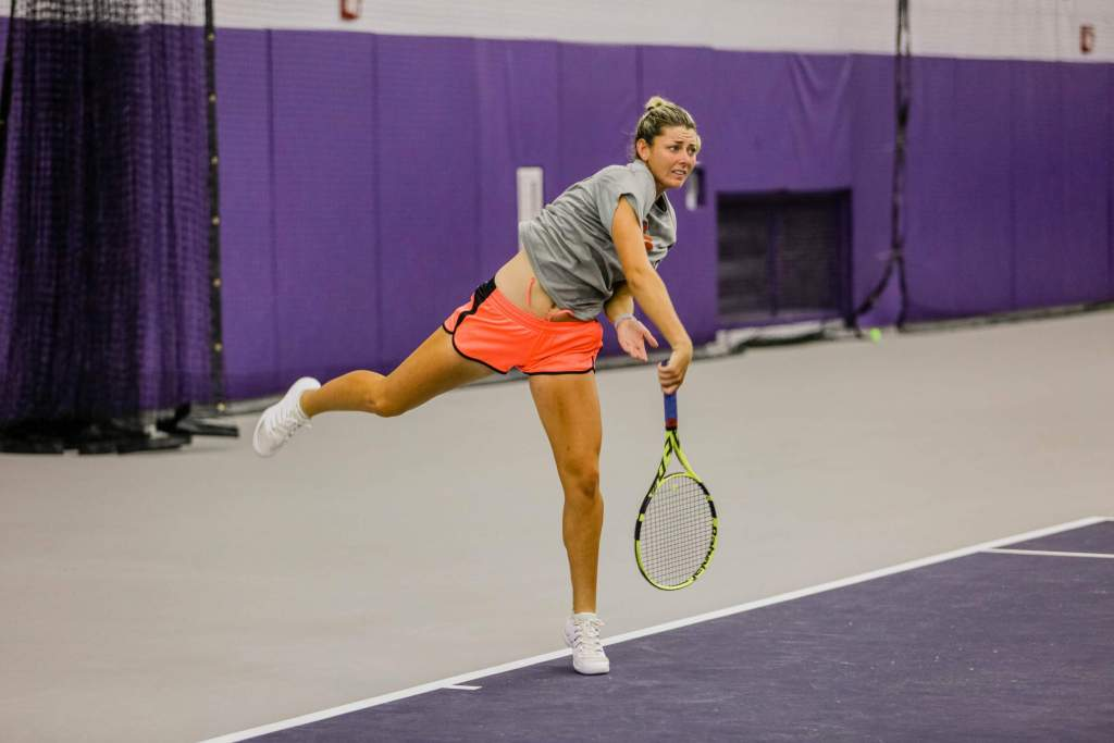 Tigers Go 4-0 in Singles to Kick Off Seminole Showdown