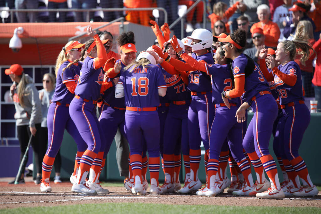 Tigers' Offense Erupts in 21-2 Rout Over Terps