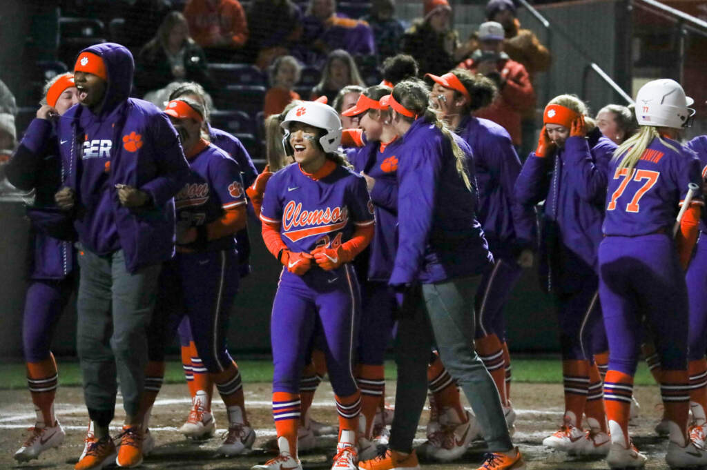 Guimbarda's Two-Run Homer Lifts Clemson Past Spartans