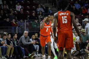 Play video: 🎥 A Clemson Shooting Record Goes Down in Third-Straight Win