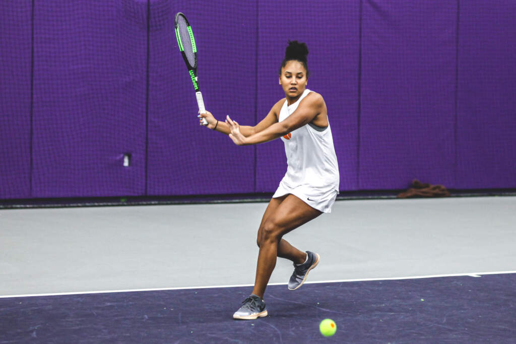 Women's Tennis to Host Double-Header on Saturday