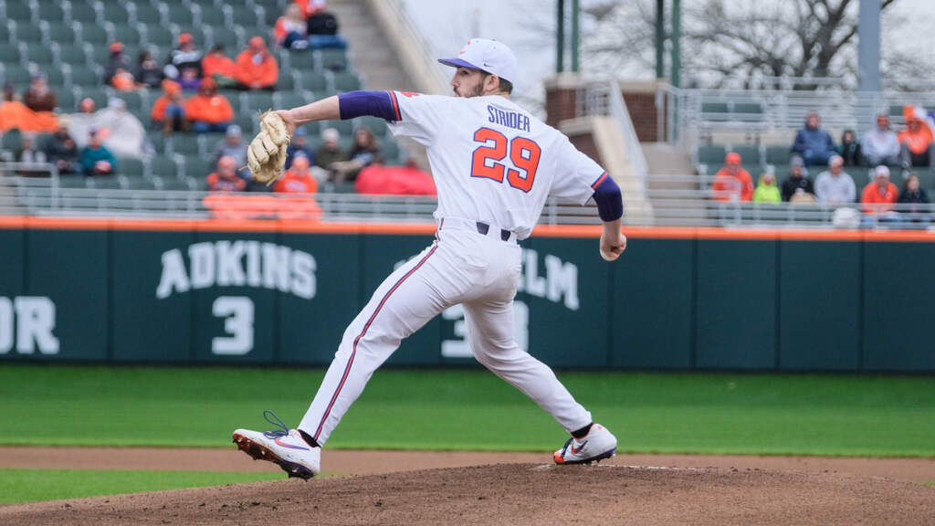 Tigers Sweep Liberty With 6-2 Win