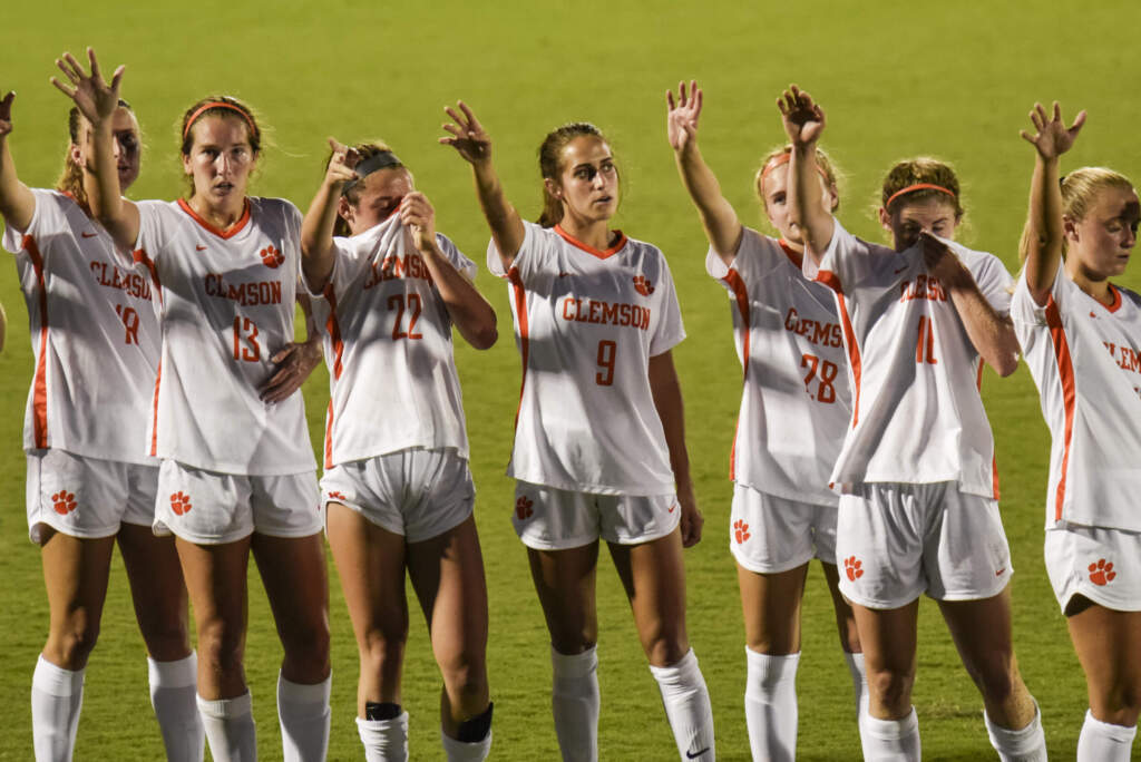 Clemson Puts on Offensive Showing in Season Opener