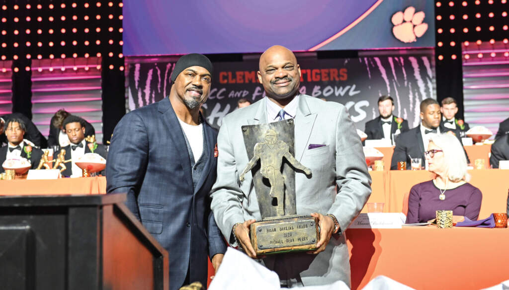 Michael Dean Perry – Brian Dawkins Lifetime Achievement Award