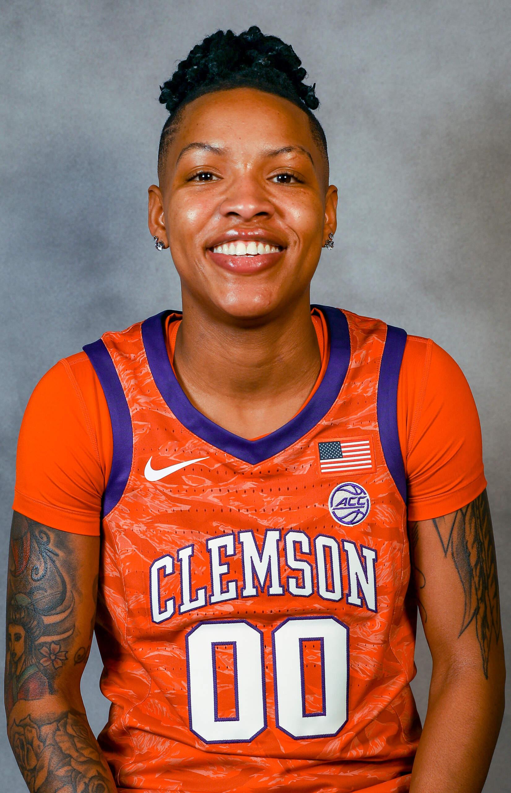 Delicia Washington - Women's Basketball - Clemson University Athletics