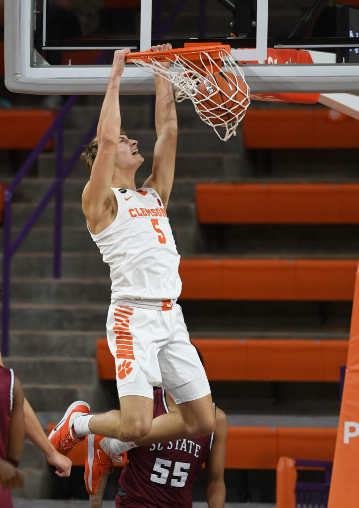Clemson Dominates Defensively, Defeats South Carolina State