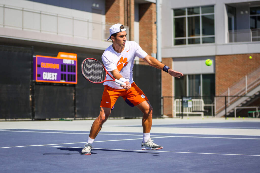 Men's Tennis to Open Season with the Duckworth Classic