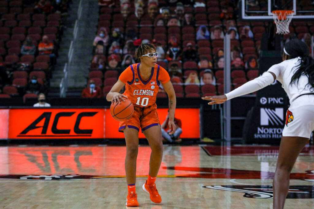 Clemson Downed by No. 2 Louisville