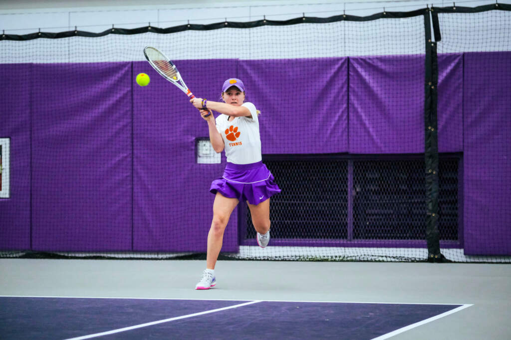 Tigers Wrap Up Day One of Florida State Invitational