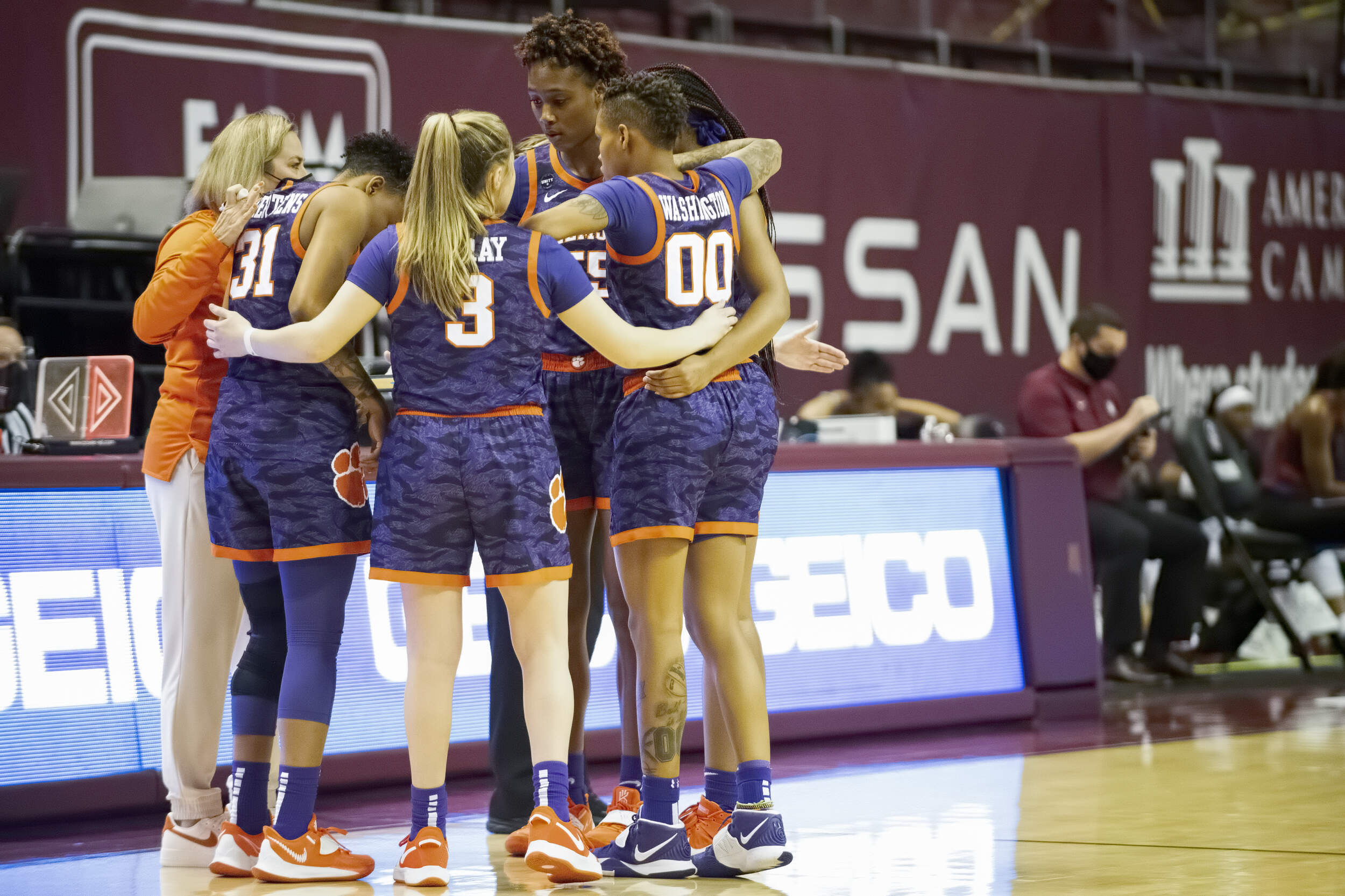 Florida State Outlasts Clemson in Double-Overtime Thriller