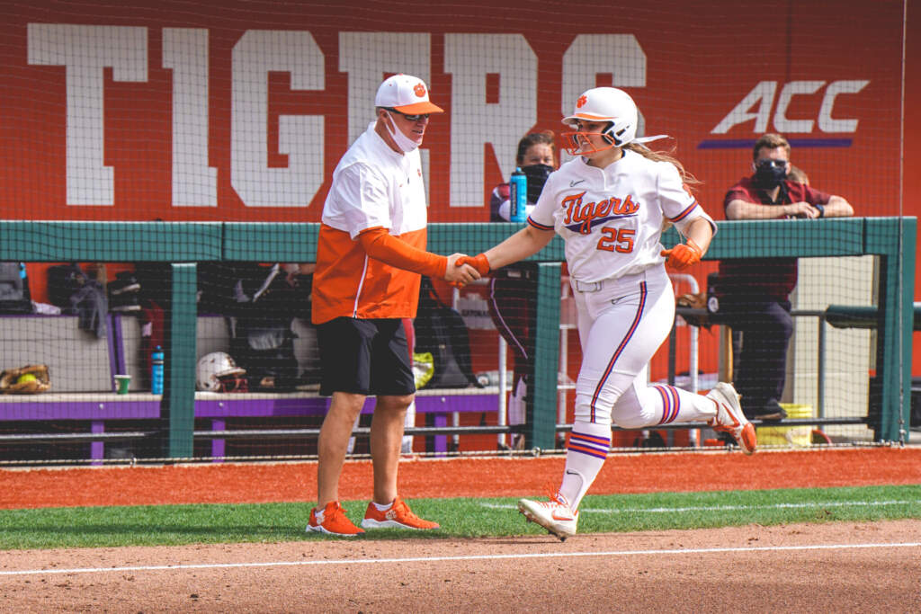 Tigers Complete Sweep Over Elon