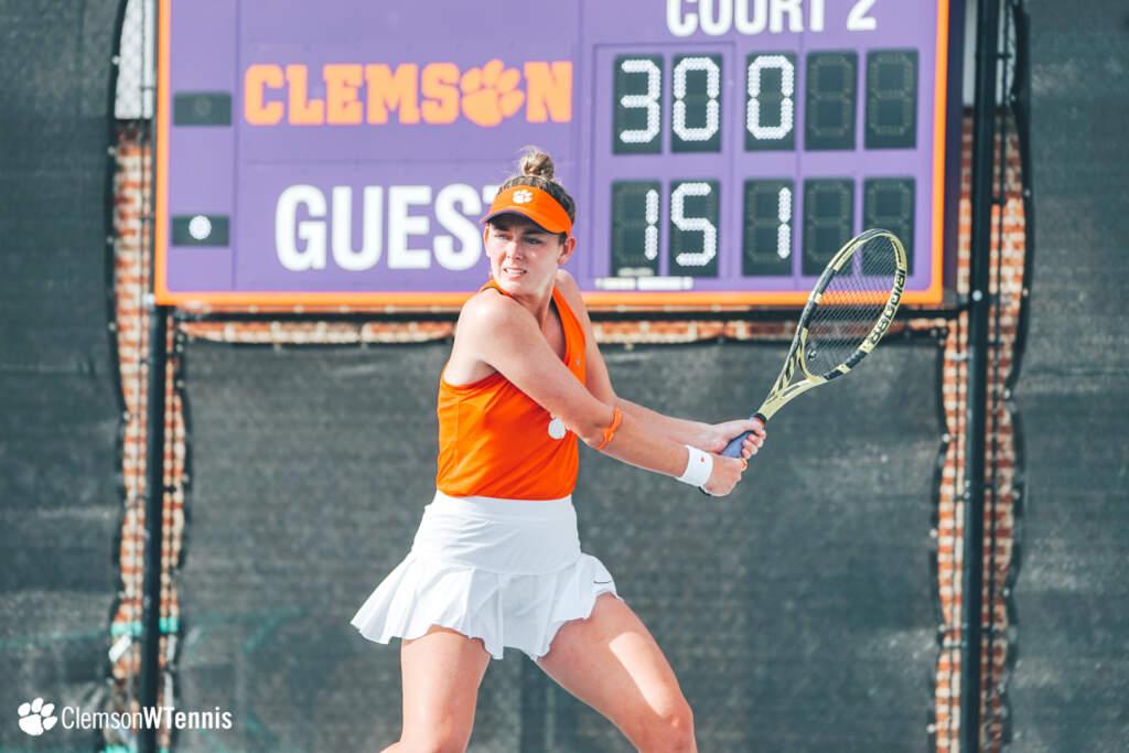 Clemson Doubles Pairs Start Hot at ITA Regionals