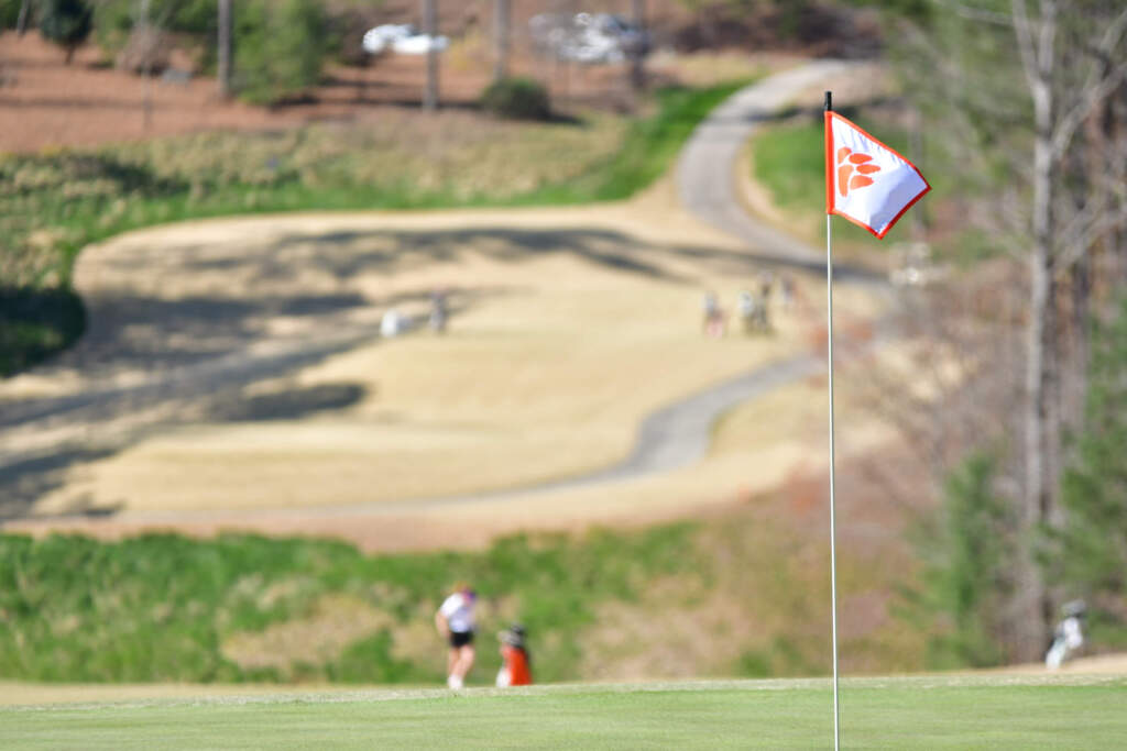 Kent State Has Four-Shot Lead at Midpoint of Clemson Invitational