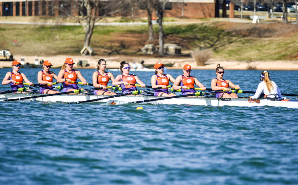Tigers Win 2V8+ Race on First Day of Sunshine State Invitational