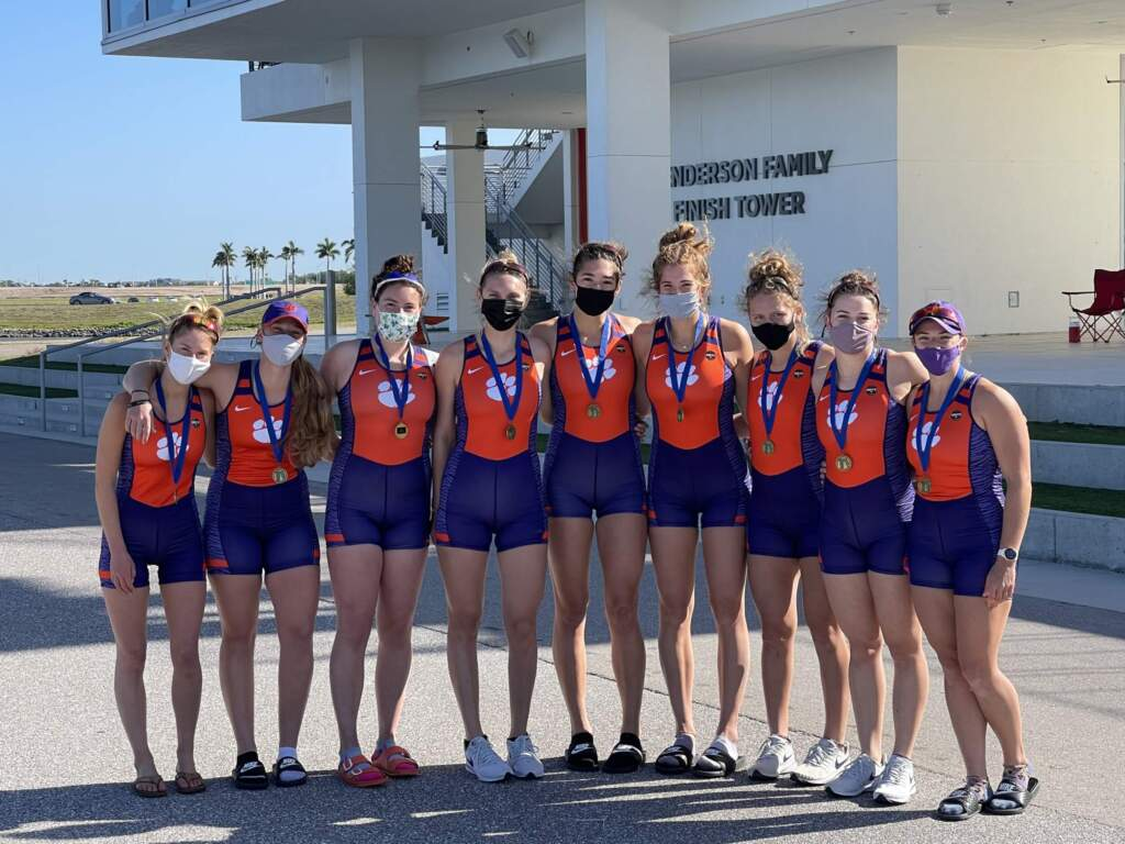 Clemson Repeats as 2V8+ Champion in Sunshine State Invitational