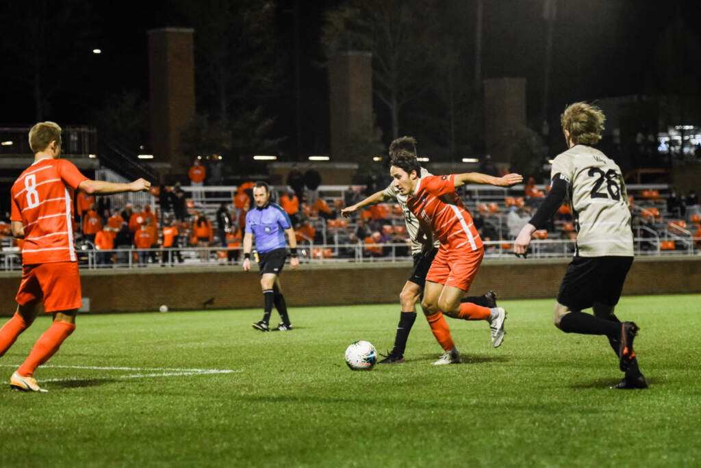 Tigers Jump to No. 6 in United Soccer Coaches Poll, Fernandez-Salvador Earns Recognition