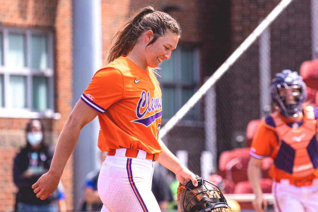 Cagle Named NFCA All-American