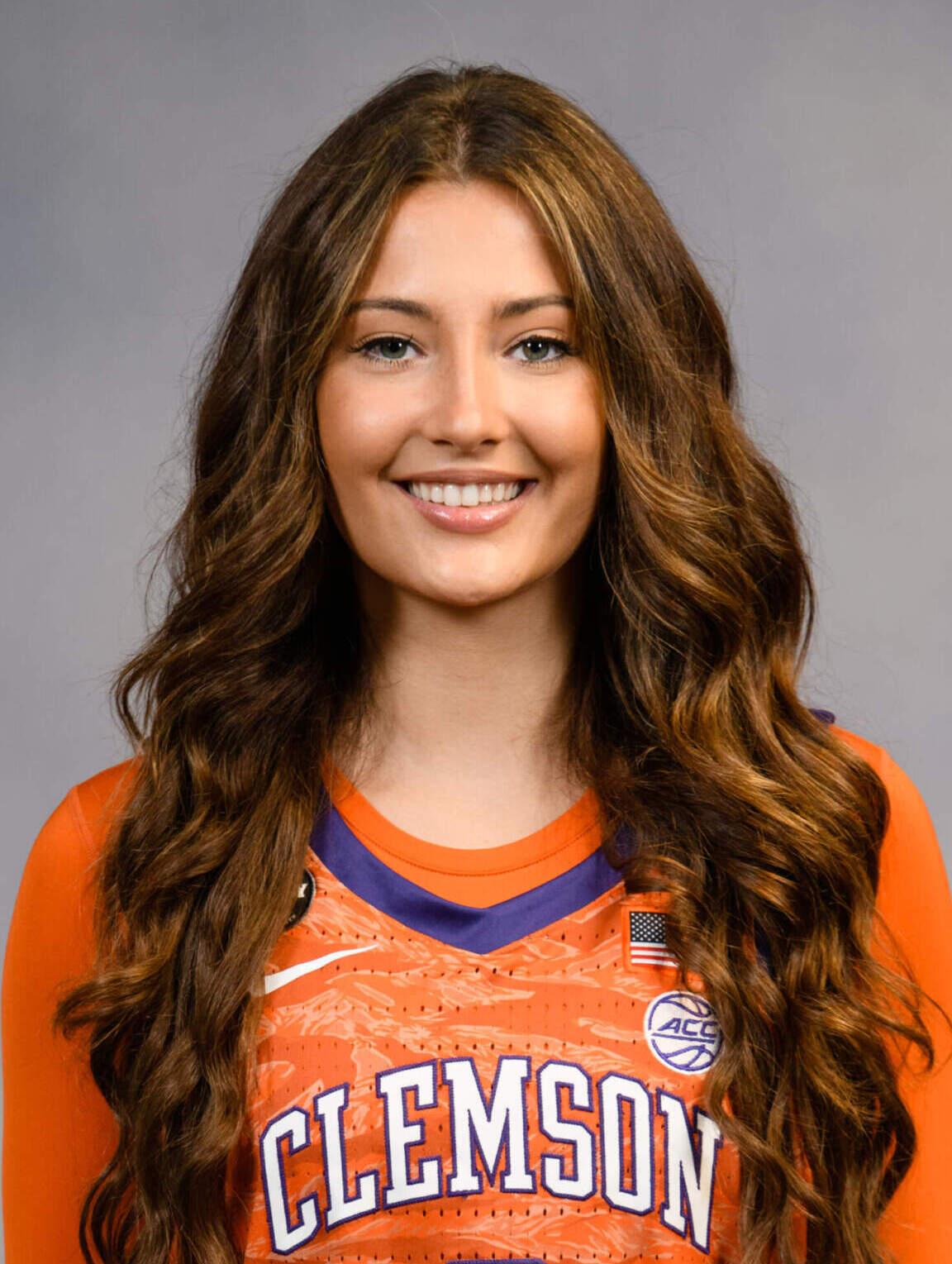 Sydney Standifer - Women's Basketball - Clemson University Athletics