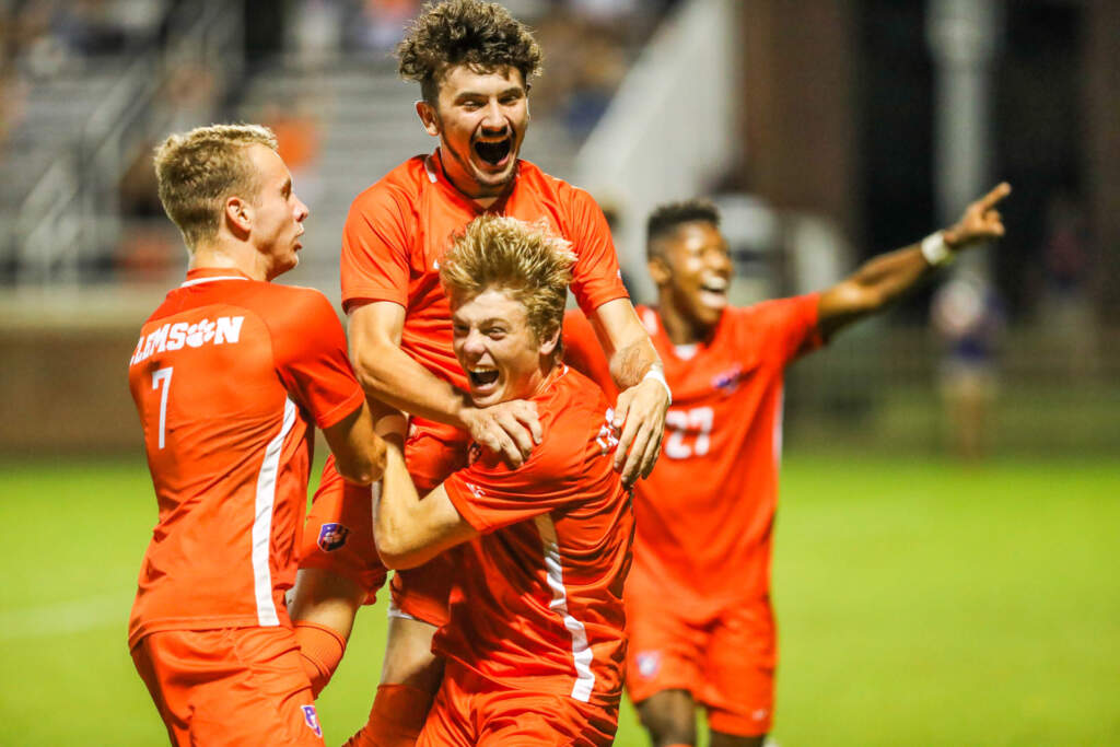 Match Day Central: Clemson vs. Pittsburgh