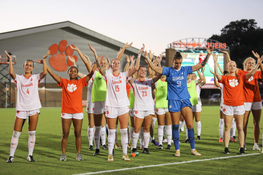 Tigers Top Gamecocks 2-1 in Rivalry Match