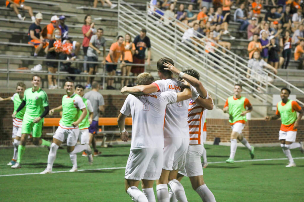 Tigers Notch Third Straight Shutout in 3-0 Win Over South Florida