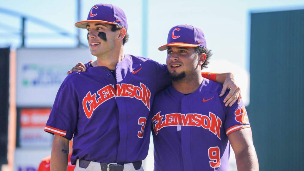 Tigers Top Blazers 20-8 in Scrimmage