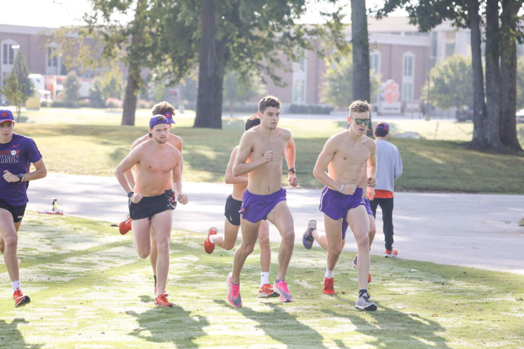Cross Country Heads to Alabama for Final Tune-Up Before ACC's