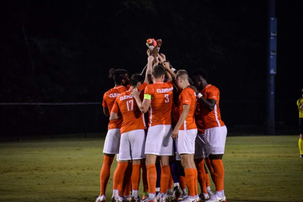 Marks, Tigers Earn Shutout Road Victory Over Chanticleers
